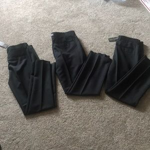 🚨NWT 3 pairs of men's dress pants for $40! 🚨